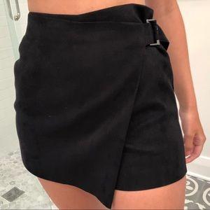 Zara black suede skort! Size XS
